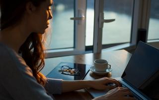 Blogging 560x300